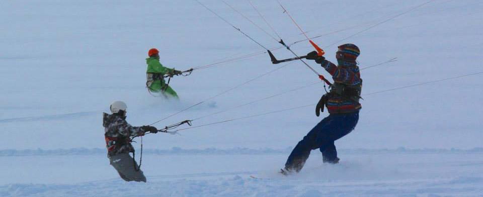 Snowkite Riders